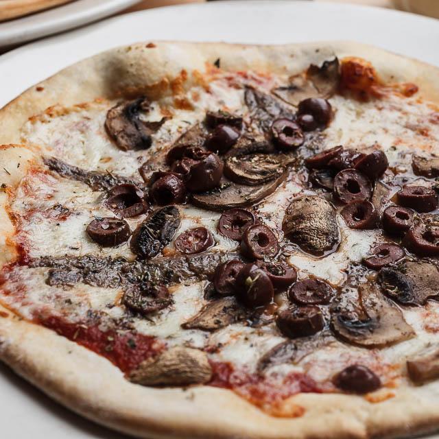 Louisiana Pizza Kitchen's Napolitano Pizza